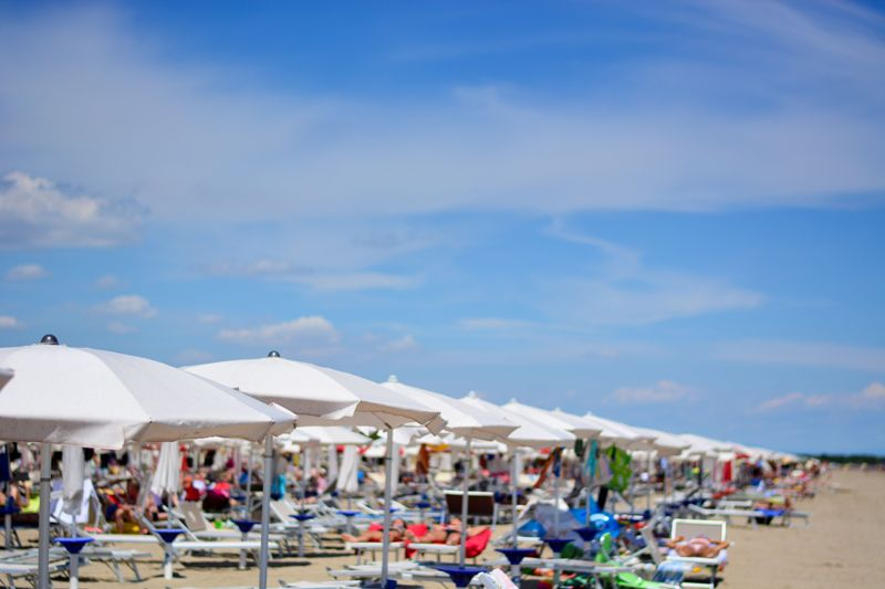sea, forte dei marmi, rimini, riccione, people, gabicce, adriatic sea, lignano, jesolo, vieste, ostuni, beach umbrellas, senigallia, cesenatico, gallipoli, ancona, ravenna, la spezia, travel, sand, yellow, holiday, summer, venice, sun, umbrellas, beach, outdoors, quiet, tourism, background, water, vacation, august, landscape, sanremo, eraclea, cervia, conero, pesaro, caorle, civitanova, adriatic, comacchio, grado, bibione, savona, genova